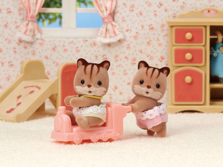 Hazelnut Chipmunk Twins - 3