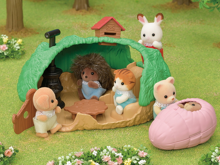 Baby Hedgehog Hideout - 9
