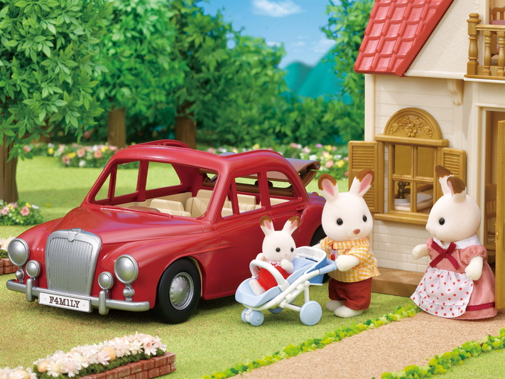 Family Cruising Car - 7